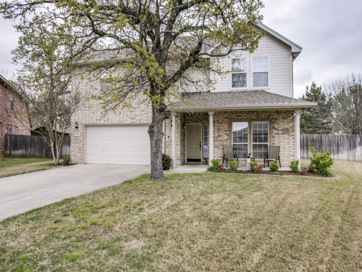 705-twin-oaks-ct-burleson-tx-MLS-2