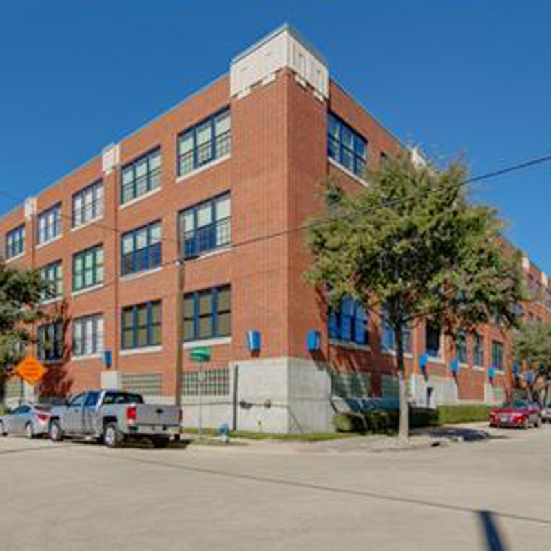 Live Oak Lofts Is A 3 Floor Building With The 114 Units Located Between  East Side And Downtown Dallas. Residents Enjoy Secure Parking, Fitness  Center, ...